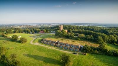 Luftansicht des Panorama-Hotels Aschberg